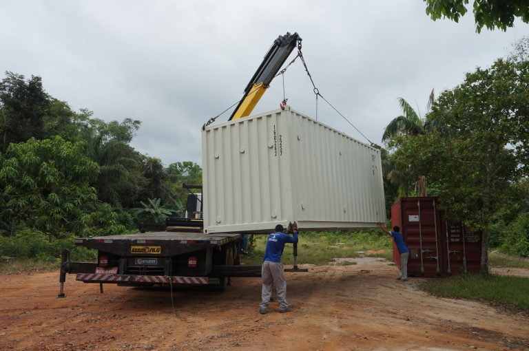 Containers arriving at ATTO