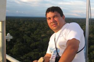ATTO scientist Alessandro De Araujo